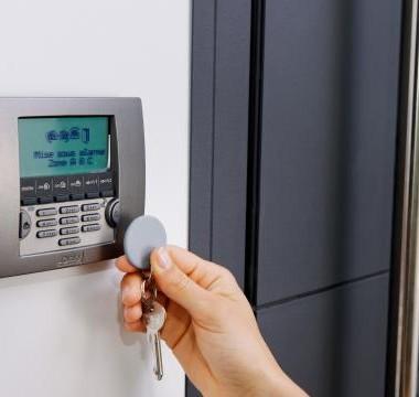 Instalacja systemów alarmowych